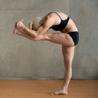 Bikram Yoga Poses - 26 Postures / Asanas In Great Detail